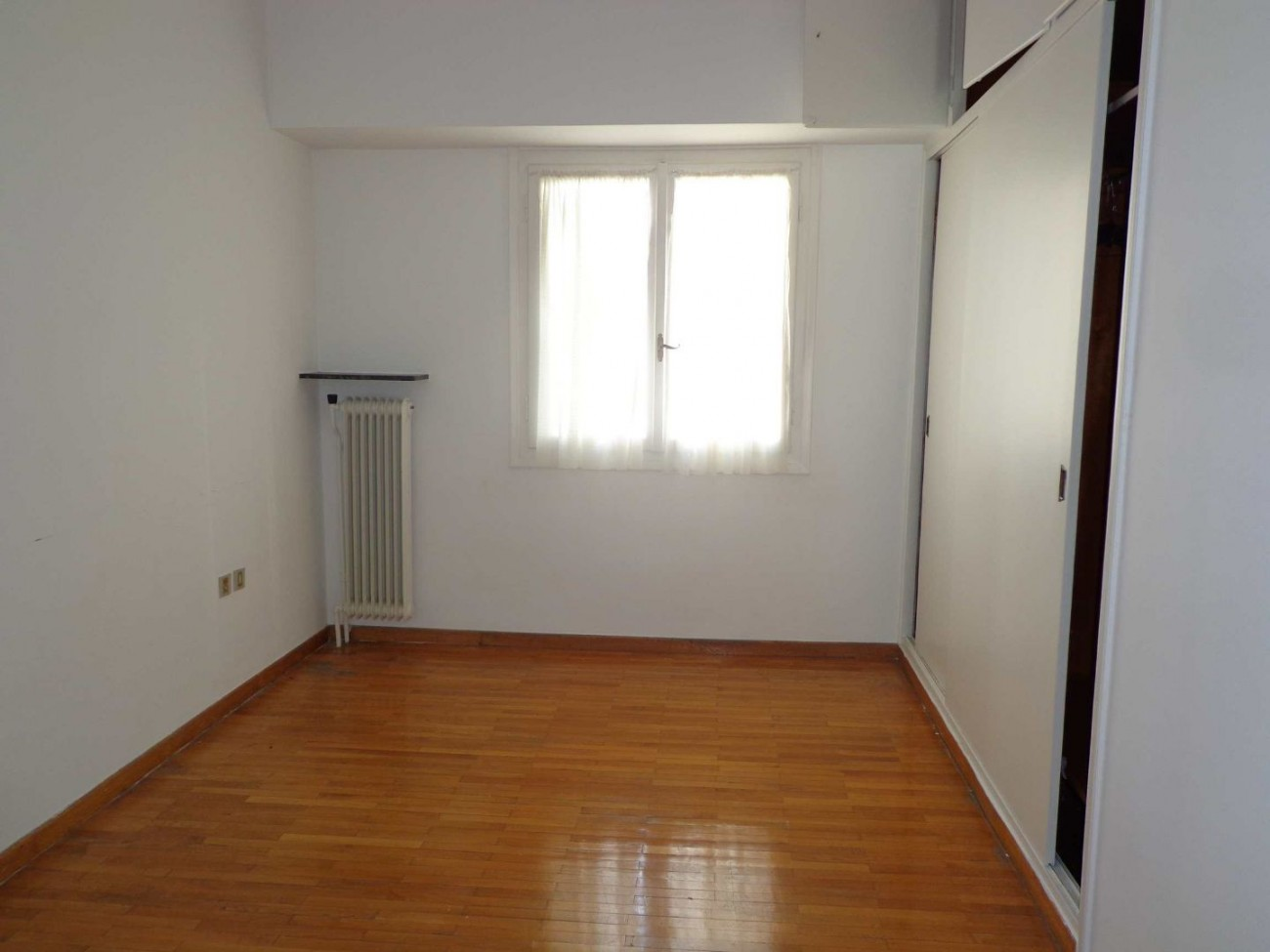 Apartment for Rent in Ellinorwswn, Athens City Center, Greece