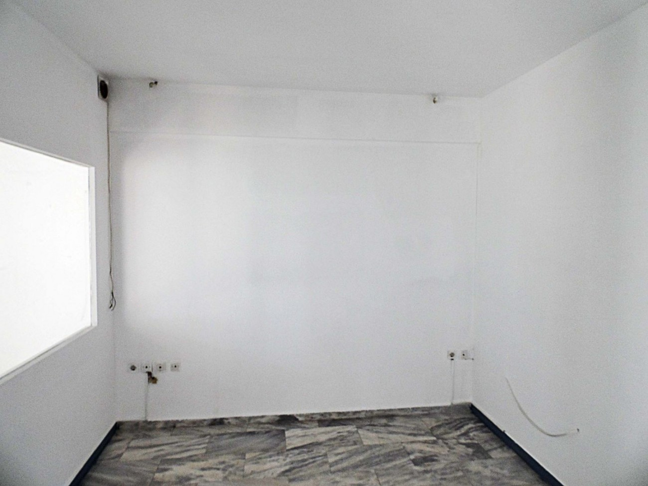 Office for Rent in A' Cemetery, Athens City Center, Greece