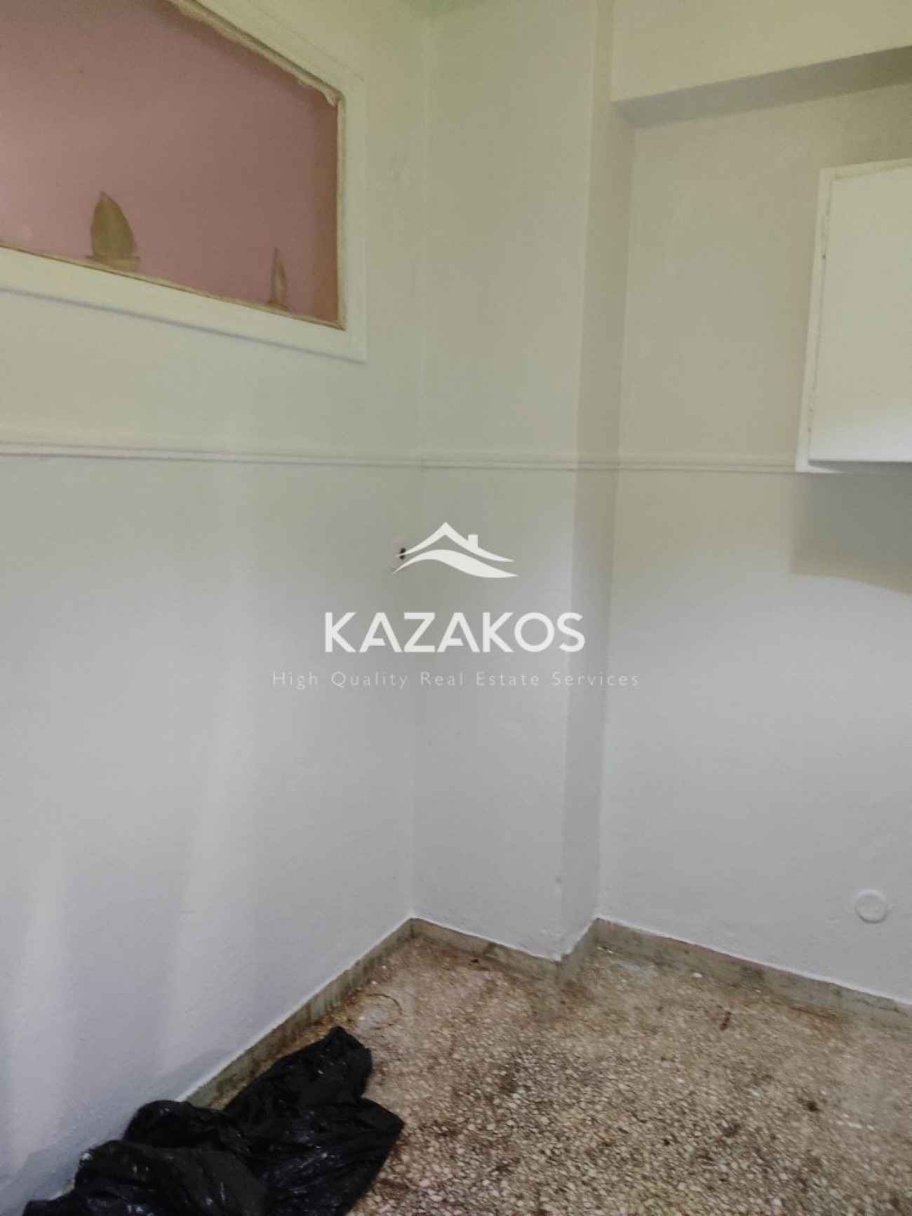 Townhouse for Sale in Amerikis Square, Athens City Center, Greece