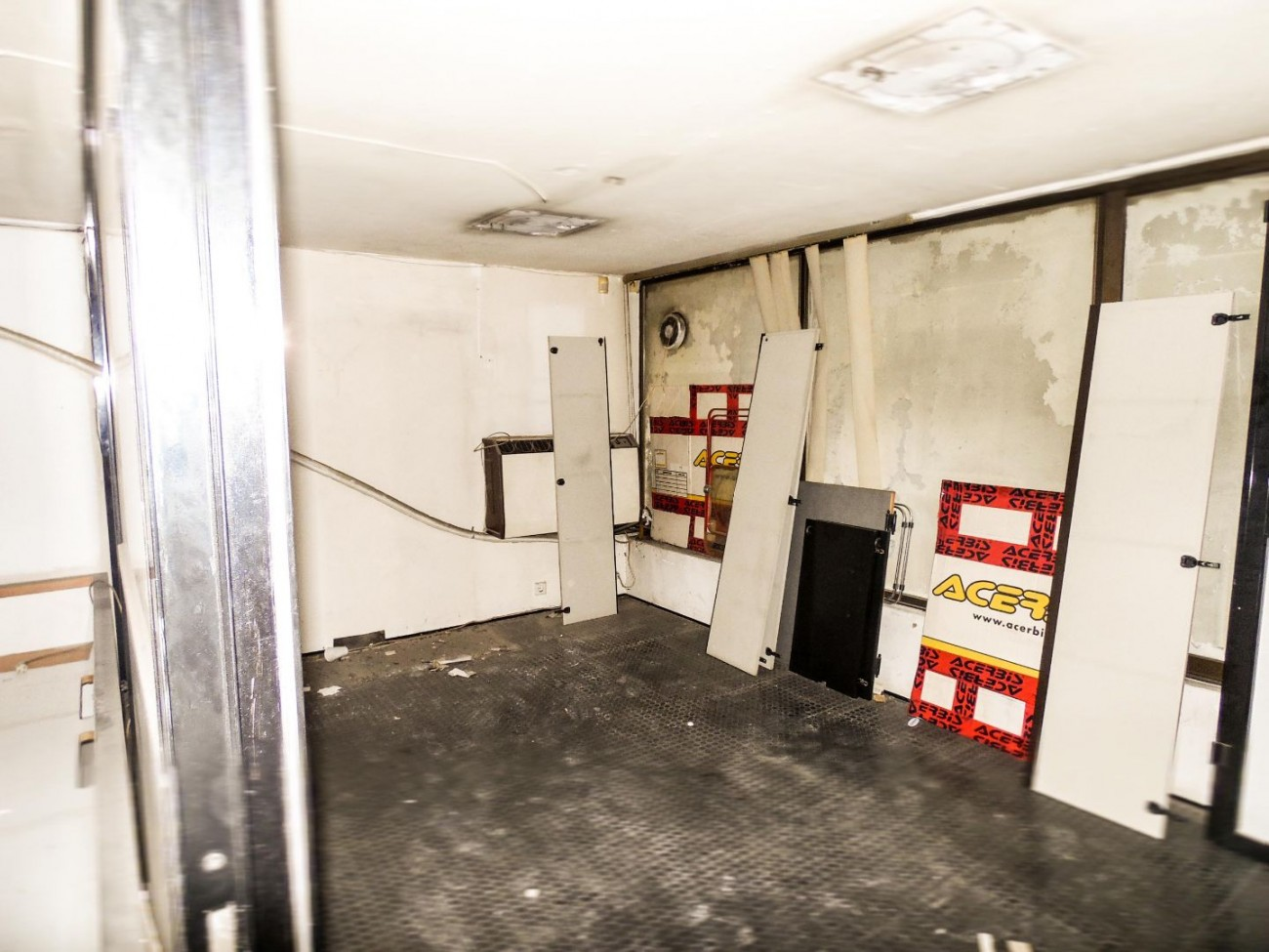 Shop for Rent in Ilisia, Athens City Center, Greece