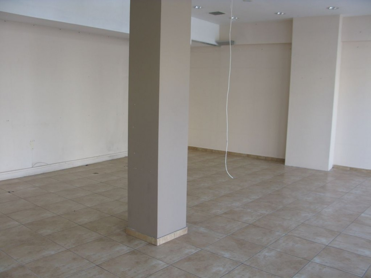 Shop for Rent in Argyroupoli, Central & South Region of Athens, Greece