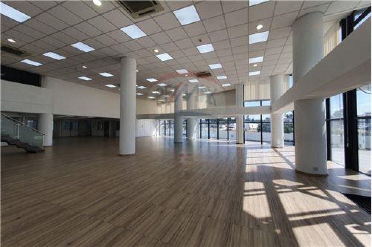 Shop for Rent in Mesa Geitonia, Limassol, Cyprus