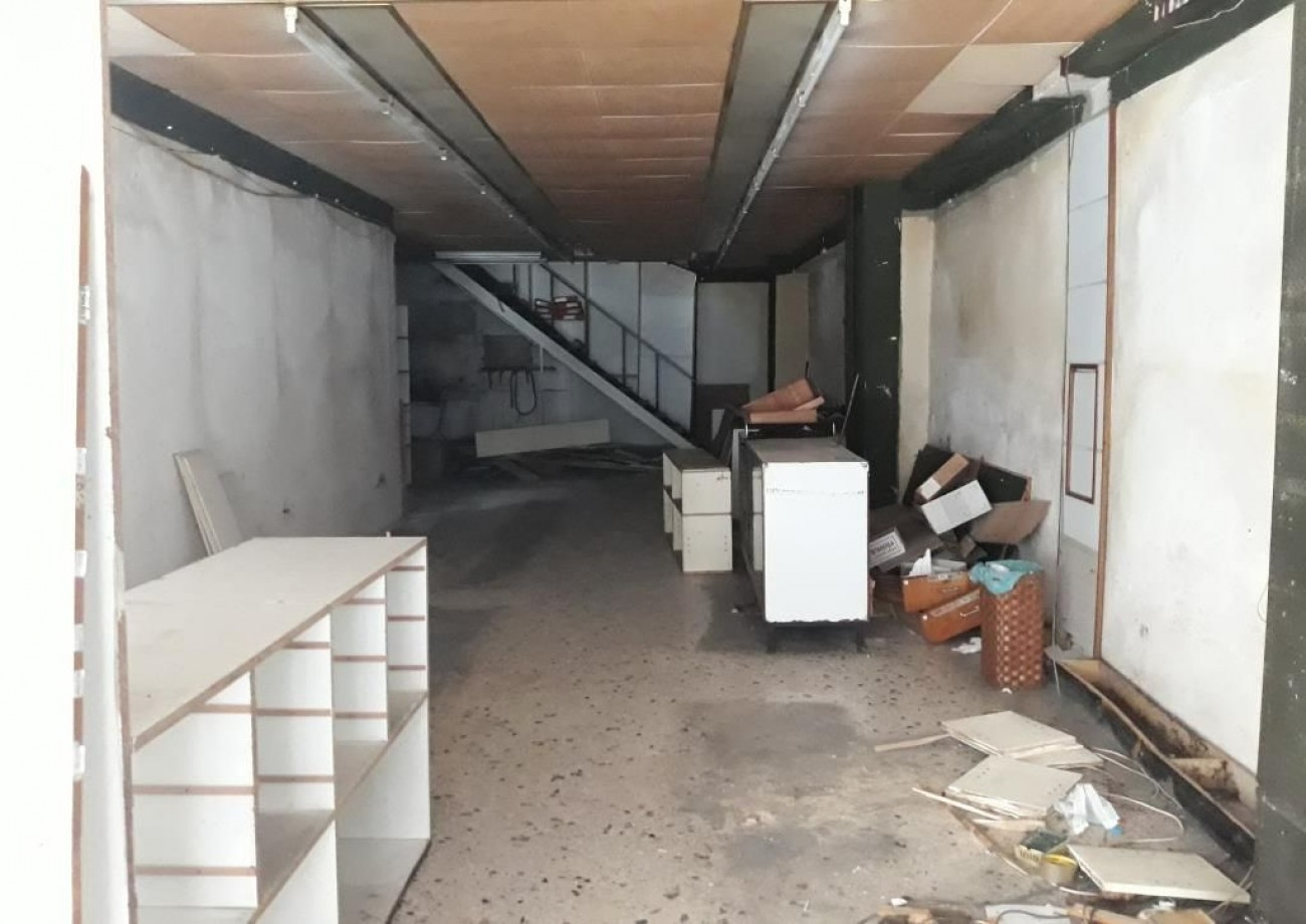Shop for Rent in Commercial Triangle- Plaka, Athens City Center, Greece