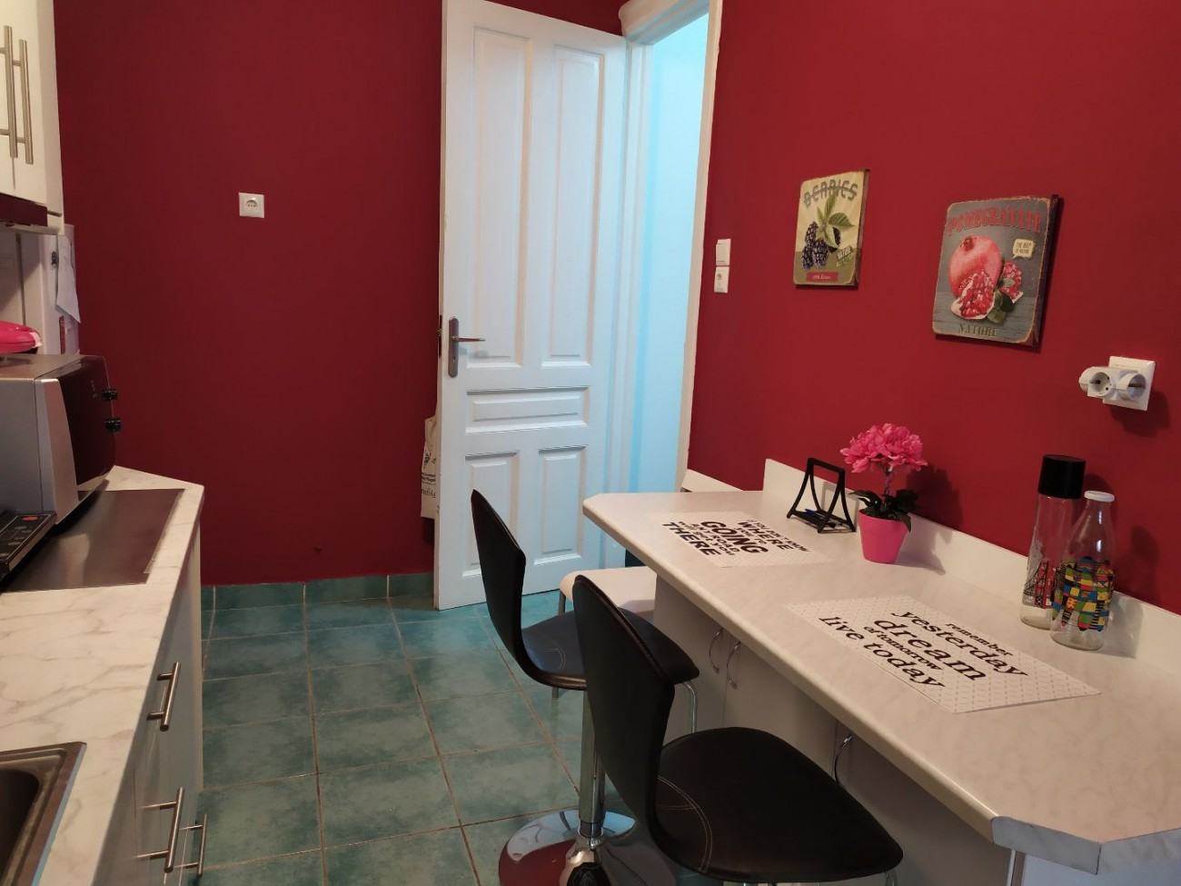 Apartment for Rent in Gouva, Athens City Center, Greece