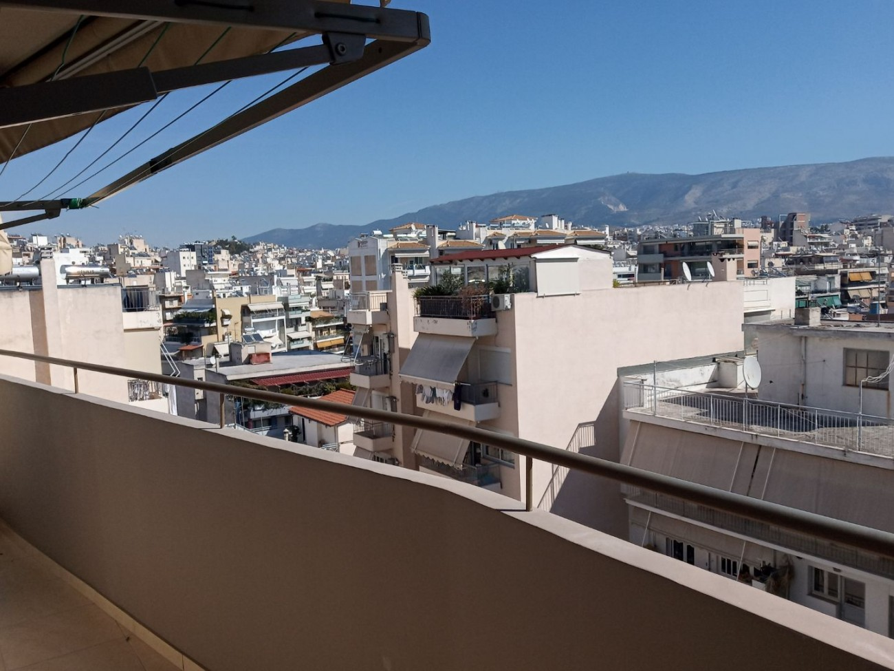 Apartment for Rent in Commercial Triangle- Plaka, Athens City Center, Greece
