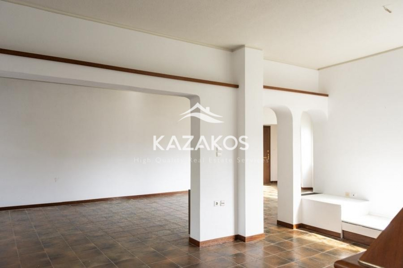 Apartment for Sale in Voyliagmeni, Central & South Region of Athens, Greece