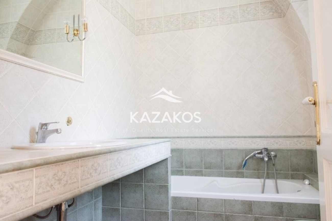 Maisonette for Sale in Drosia, North & East Region of Athens, Greece