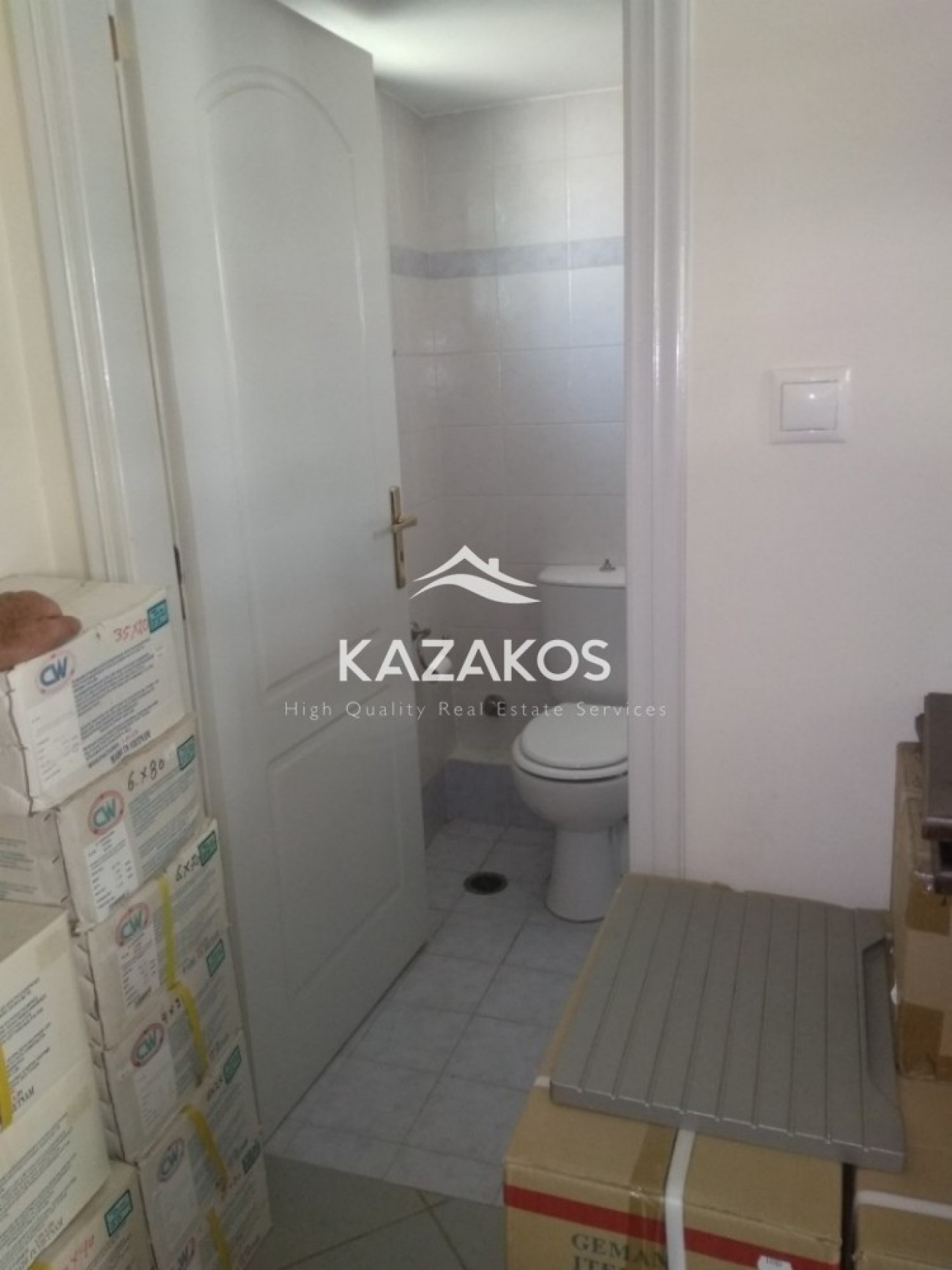 Shop for Rent in Gerakas, North & East Region of Athens, Greece