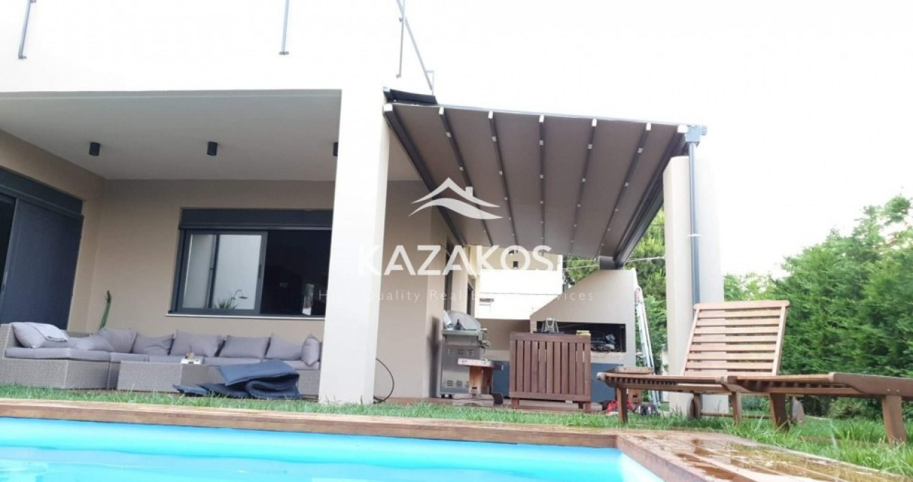 House for Sale in Bari, Central & South Region of Athens, Greece