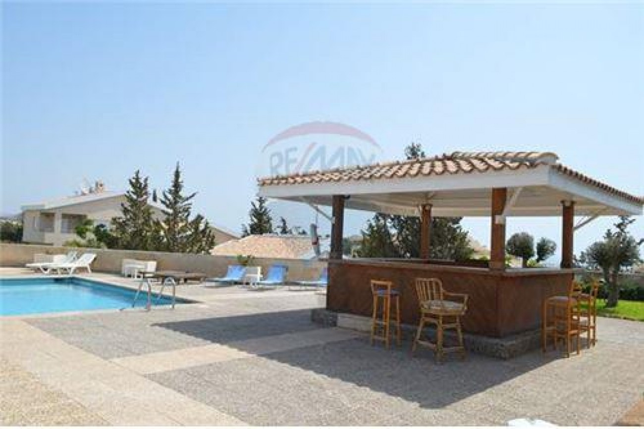 Villa for Sale in Agios Tychonas, Limassol, Cyprus