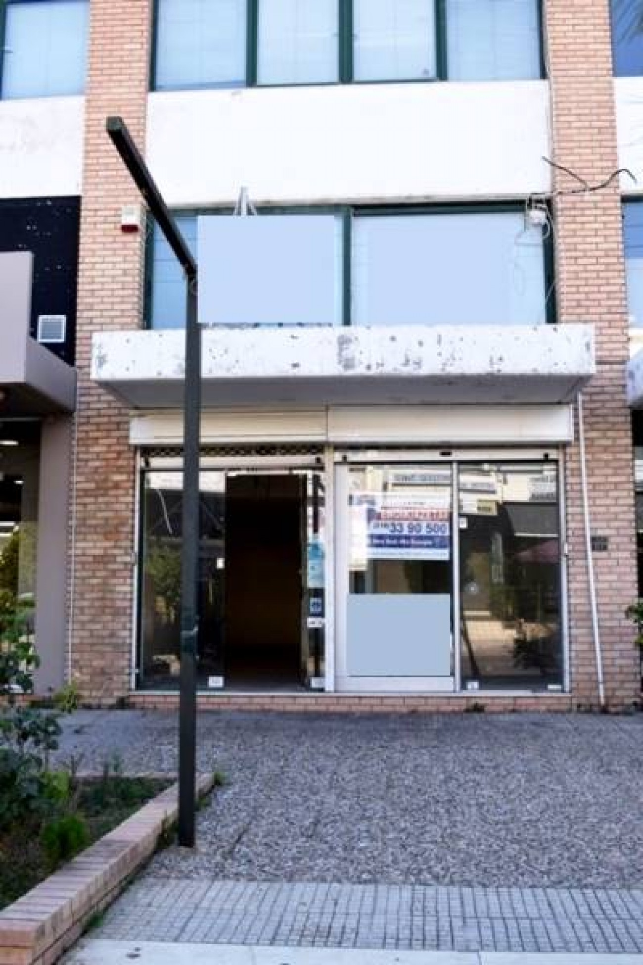 Shop for Rent in Central & Southern Suburbs, Prefecture of Attica