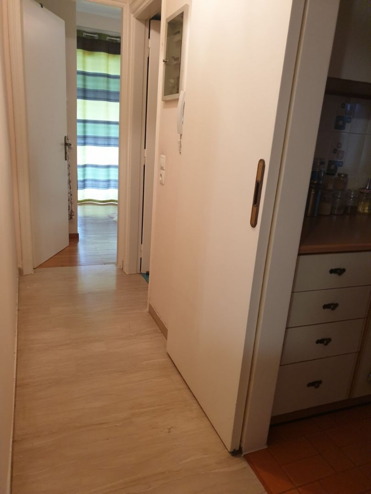 Apartment for Sale in Bari, Central & South Region of Athens, Greece