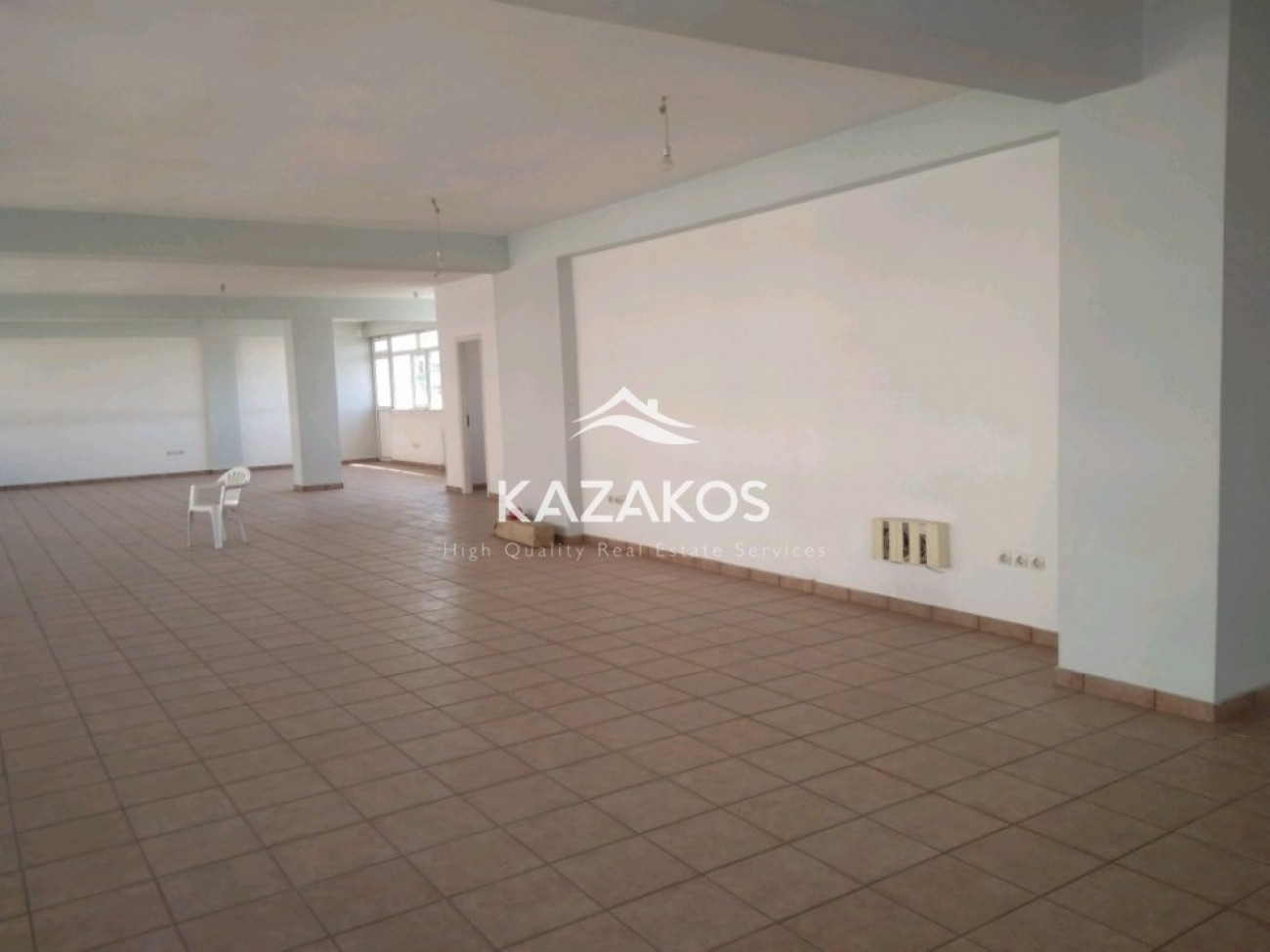Building for Rent in Gerakas, North & East Region of Athens, Greece