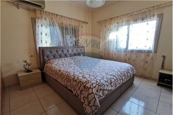 Bungalow for Sale in Polemi, Paphos, Cyprus