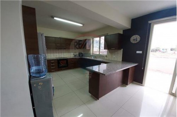 Apartment for Sale in Ypsonas, Limassol, Cyprus