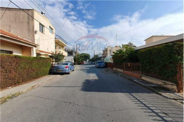 Land for Sale in Mesa Geitonia, Limassol, Cyprus