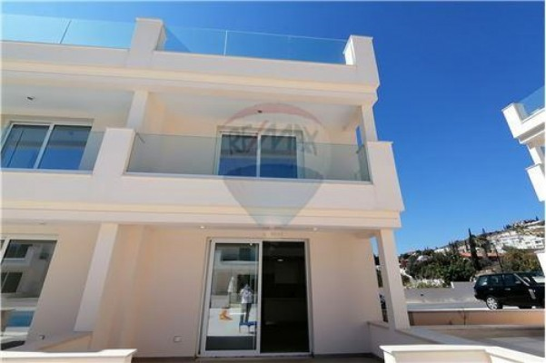 Bungalow for Rent in Agios Tychonas, Limassol, Cyprus