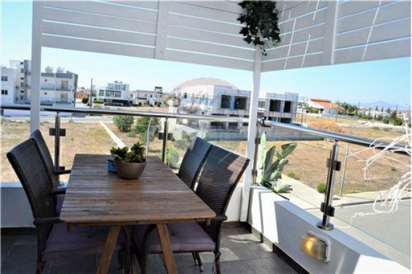 Penthouse for Sale in Livadia, Larnaka, Cyprus