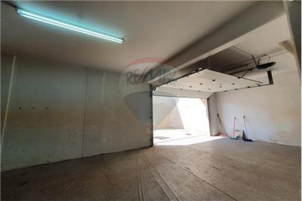 Commercial Other for Rent in Germasogeia, Limassol, Cyprus