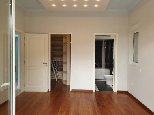 House for Rent in Central & Southern Suburbs, Prefecture of Attica