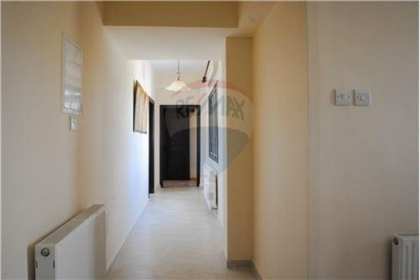 Villa for Sale in Anglissides, Larnaka, Cyprus